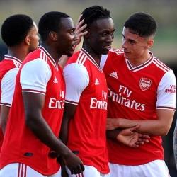Barnet 2 - 3 Arsenal XI