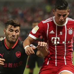 Arsenal szczęśliwie wygrywa po karnych z Bayernem