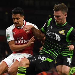 Nieskuteczny Arsenal wygrywa z Doncaster 1-0