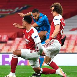 Gorzko-słodki smak awansu: Arsenal 0-1 Olympiakos