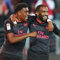 Lacazette strzela, Arsenal wygrywa z Sydney FC 2:0