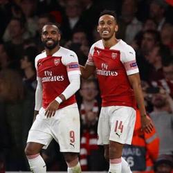 The Times: Arsenal gotów rozstać się z Aubameyangiem i Lacazettem
