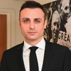 Berbatow: Özil musi słuchać się Emery'ego