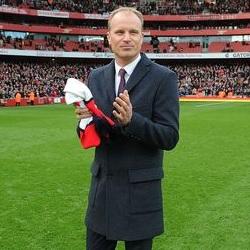 Bergkamp: Wciąż wierzę w Arsenal