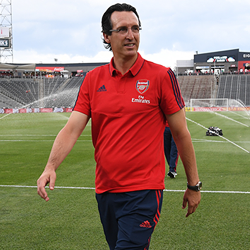 Emery: Celujemy w topowych, drogich piłkarzy