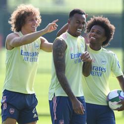 Cafu: Willian i Gabriel przybyli, by wygrać Premier League