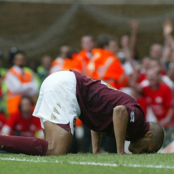 Wenger i Henry wspominają Highbury
