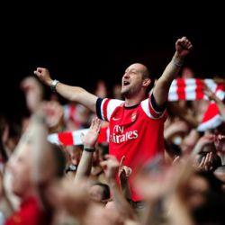 Kibice chcą lepszego dopingu na Emirates Stadium