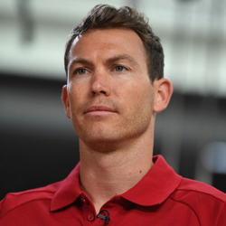 Lichtsteiner: Pomogę Granitowi w byciu lepszym piłkarzem
