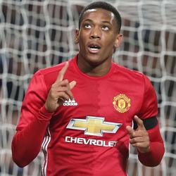 Martial zaprzecza spekulacjom łączącym go z Arsenalem