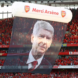 Godne pożegnanie legendy. Arsenal gromi Burnley 5-0!