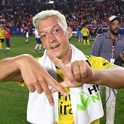 Özil: Chciałbym zagrać w Turcji lub USA