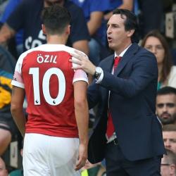 Emery o absencji Özila