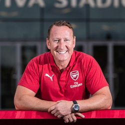 Parlour: Arsenal może spaść z ligi