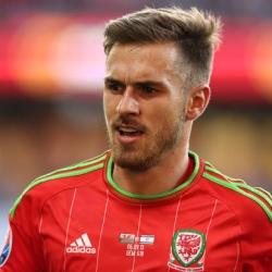 Kontuzjowany Ramsey wraca do Londynu