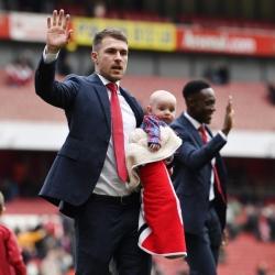 Dyrektorzy Arsenalu o odejściach Ramseya i Welbecka