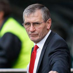 Rioch: Wenger powinien zadecydować, kiedy odejdzie