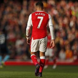 Alexis był znienawidzony w szatni Arsenalu?