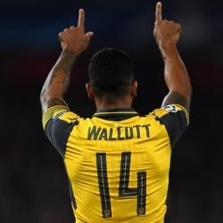 Everton po Walcotta?
