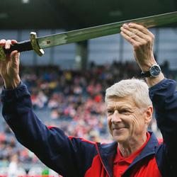 Wenger jako faworyt do objęcia Realu Madryt