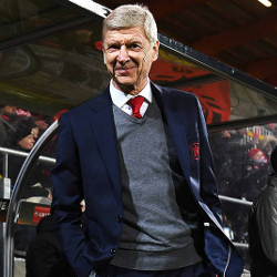 France Football: Wenger negocjuje z AC Milanem