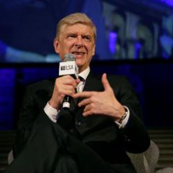Wenger blisko pracy w FIFA