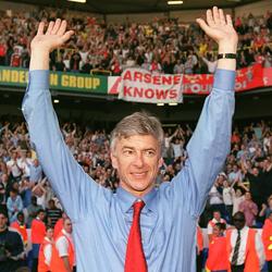 Arsene Wenger, cudotwórca Arsenalu, który stracił swój dar, lecz do końca pozostał wierny swym zasadom