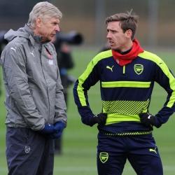 Monreal: Teraz widać, jak ważny dla Arsenalu był Wenger