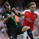 Cenny punkt po ciężkim boju, Stoke - Arsenal 0-0