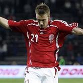 Bendtner ostrzega przed Ramseyem