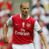 Bergkamp: Defensywa bolączką Arsenalu