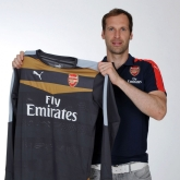 Galeria: Čech w barwach Arsenalu