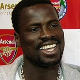 Eboue: Nigdzie się nie wybieram, kocham Arsenal