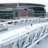 Eisfeld bliski przejścia do Arsenalu