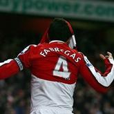 Fabregas ratuje Kanonierów, Arsenal 2-1 Huddersfield