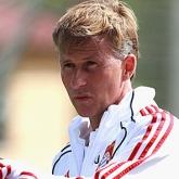 Andries Jonker nowym szefem Akademii Arsenalu?