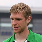 Per Mertesacker blisko Arsenalu