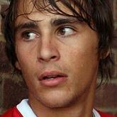 Składy: Leyton  vs Arsenal - Miquel od początku