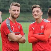 Özil i Mustafi powołani do reprezentacji