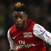 Wright: Arsenal powinien pozyskać Songa