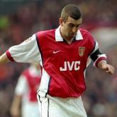 Winterburn o lewej stronie obrony Arsenalu